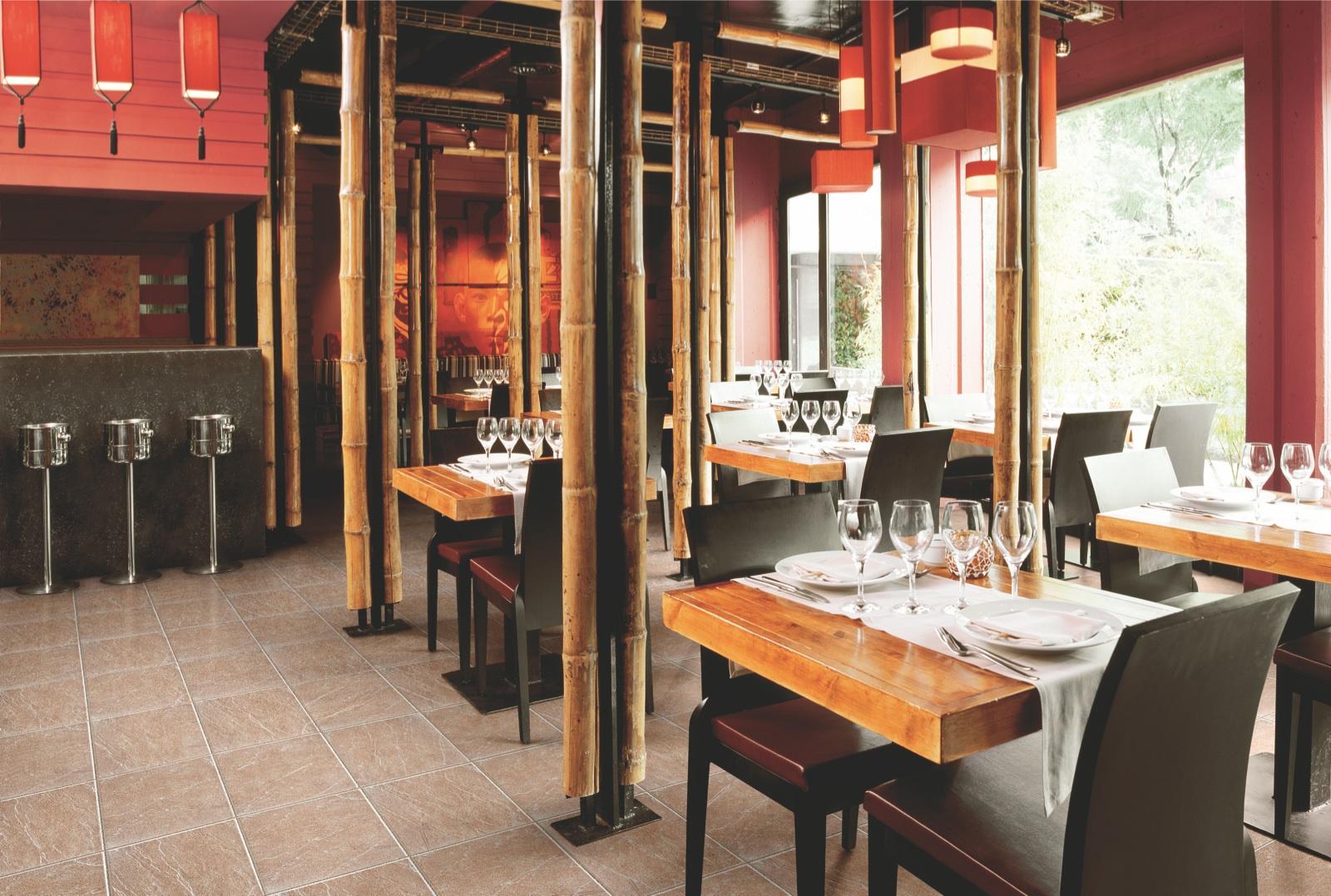 Керамогранитная плитка в китайском ресторане